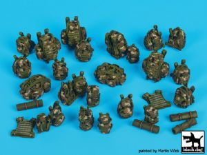 T35173 French equipment accessories set